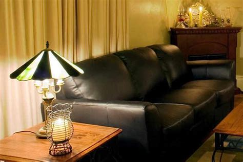 renover canapé tissu renover un fauteuil en cuir 28 images r 233 nover un