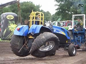 Foto New Holland Tractorpulling Van Vessem Vur Vessem