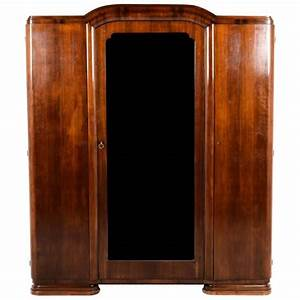 Armoire Art Deco : antique french art deco three door armoire circa 1930 for sale at 1stdibs ~ Melissatoandfro.com Idées de Décoration