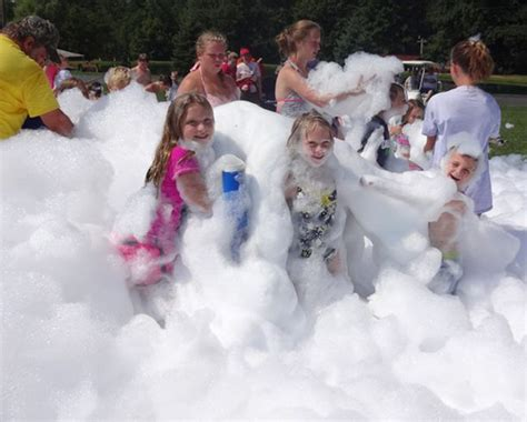 kids  love playing   foam   campground