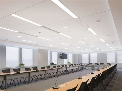 Armstrong Controsoffitti by Armstrong Ceilings Enhance Techzone System