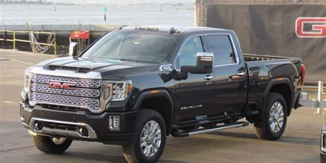 2020 Gmc Hd by Look 2020 Gmc Hd Driving