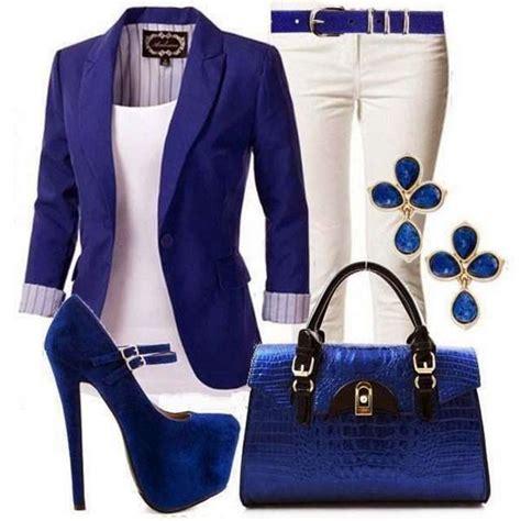 Combinar una prenda de color blanco