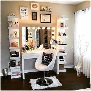 best 25 makeup vanities ideas on bedroom makeup vanity makeup desk and vanity tables