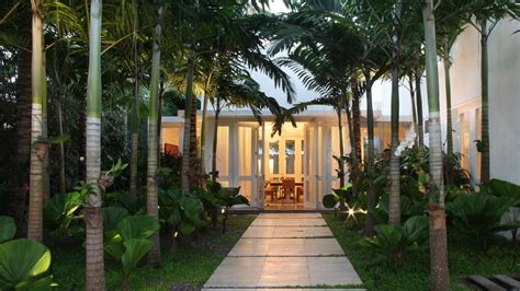 casa palma breaking records  elegance  charm casa