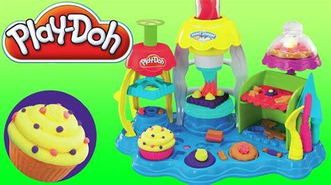 jouet club pate a modeler toys p 226 te 224 modeler cupcakes et gla 231 ages gourmands jouet pour les enfants p 226 tisseries play doh