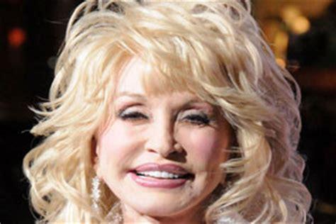 dolly parton plastic surgery    celebrity