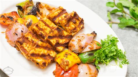 indian cuisine starters tandoori paneer tikka in tawa recipe vegetarian indian