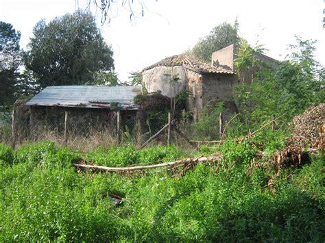 sfascia carrozze roma roma casilino sfasciacarrozze e abusivi sull antica