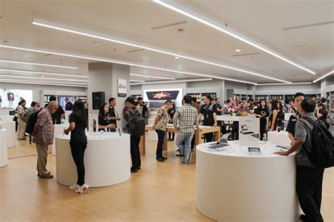 ibox apr flagship store resmi dibuka  central park mall