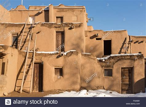 Adobe Homes In Winter Stock Photos & Adobe Homes In Winter