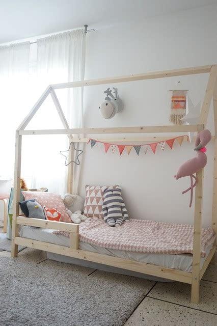 cabane chambre fille réaliser un lit cabane pour les enfants scandinave