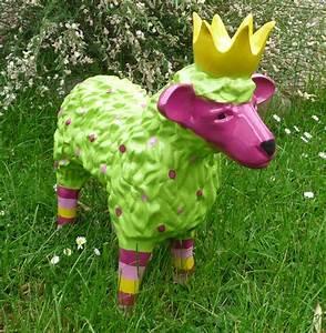 Deko Schaf Shop : garten figur lustiges buntes schaf lamm m krone deko tier 48 cm gr n pink ~ Eleganceandgraceweddings.com Haus und Dekorationen