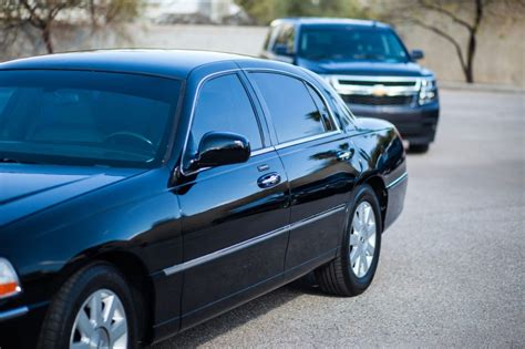 Town Car Transportation by Family Transportation Affordable Town Car Service