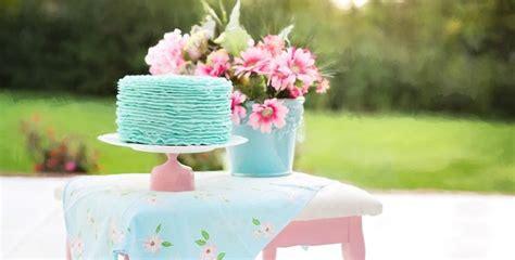 Oriģinālas idejas dāvanām dzimšanas dienā - Aizkaru dizains