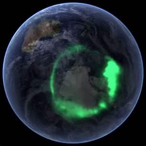 24 Amazing Auroras: Aurora Borealis & Aurora Australis
