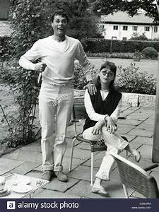 TONY CURTIS with wife Christine Kaufmann about 1964 Stock ...