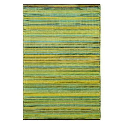 Fab Habitat outdoor rug, made from recycled plastic.   For