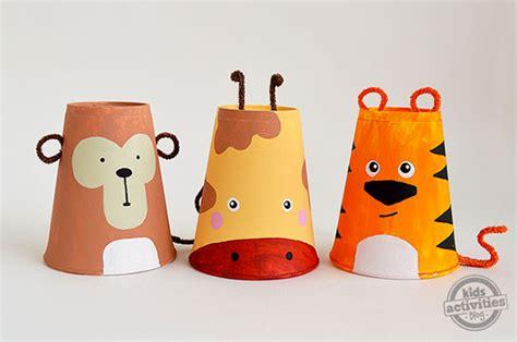 bicchieri per bambini 22 idee per lavoretti con bicchieri di plastica per