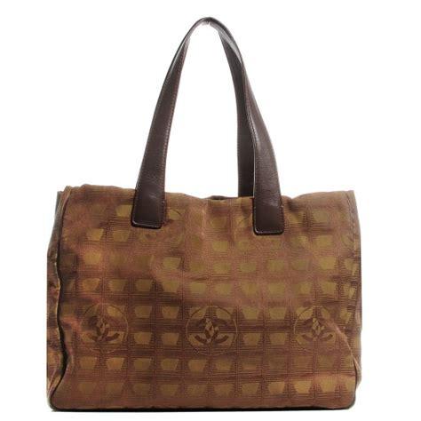 clutch bottega line brown chanel cc travel ligne medium tote brown