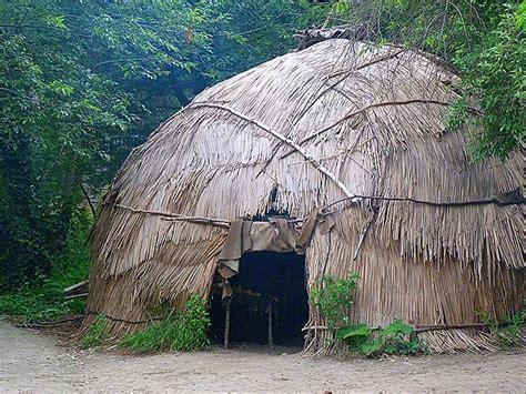 Manyhoopscom  Wampanoag Homes