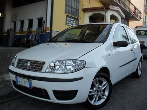 Auto 3 Porte by Fiat Punto 1 2 Diesel 69 Cv 2004 Genova Ge Autouncle