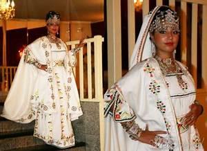 Robes kabyle blog de kabylie belle rebelle for Vente robe chaoui