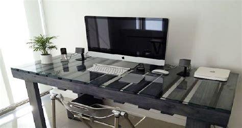 simulation couleur cuisine aménagement studio étudiant avec des meubles en palettes