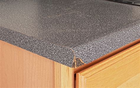 difference  laminate formica