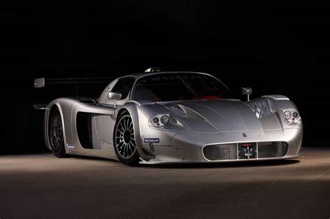 meet   exotic supercar dealership  japan gtspirit