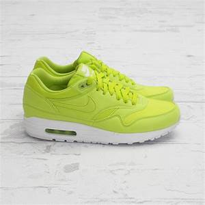 Air Max 1 Neon Green Air Max 1 Atomic Teal