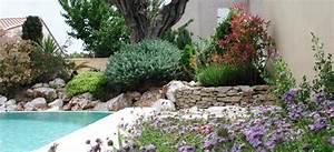 Massif Autour Piscine : engagement abonnement annuel pour employer un jardinier domicile angle vert services ~ Farleysfitness.com Idées de Décoration