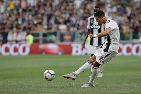 Once Again, Ronaldo Fails to Score as Juventus Beat Lazio 2-0