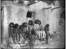 FileA group of eleven Hopi children at Mishongnovi