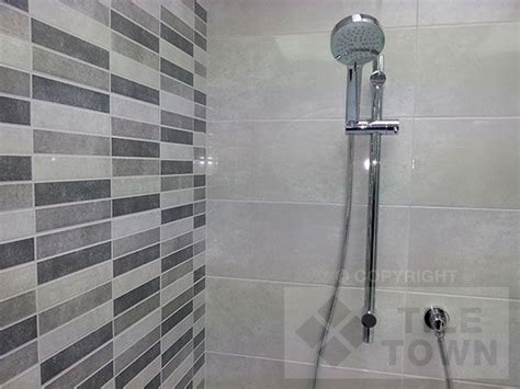 subway tiles in kitchen pictures 14 best bathroom images on showers bathroom 8408