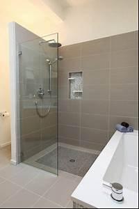 Fliesen Abdichten Dusche Nachträglich : auch sch n bathroom badezimmer begehbare dusche und badezimmer design ~ Buech-reservation.com Haus und Dekorationen
