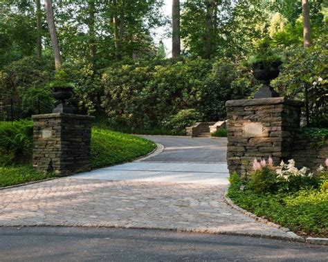 driveway landscape ideas welcoming driveway entrance ideas pictures to pin on pinterest pinsdaddy