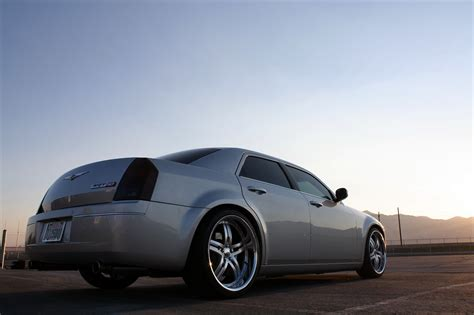 Chrysler 300 Srt 10 by Viper Powered 300 Srt10 Was One S Garage And