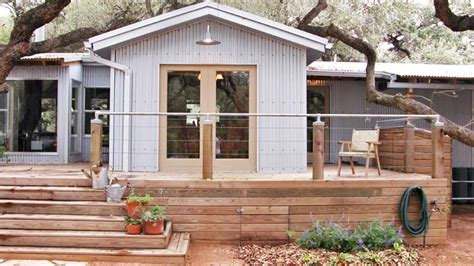 Mobile Home Remodeling Ideas That'll Create Curb Appeal In