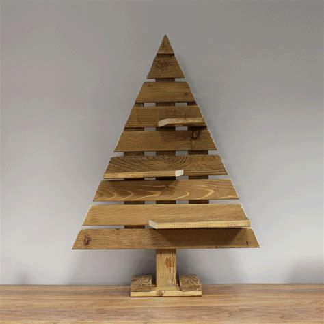 sapin en bois palette catodon obtenez des id 233 es de design int 233 ressantes en utilisant du