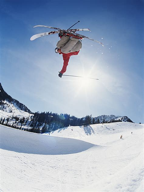 trick skiing mural