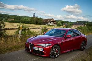 Essai Alfa Romeo Giulia : essai alfa romeo giulia quadrifoglio exterieur 125 le blog de viinz ~ Medecine-chirurgie-esthetiques.com Avis de Voitures