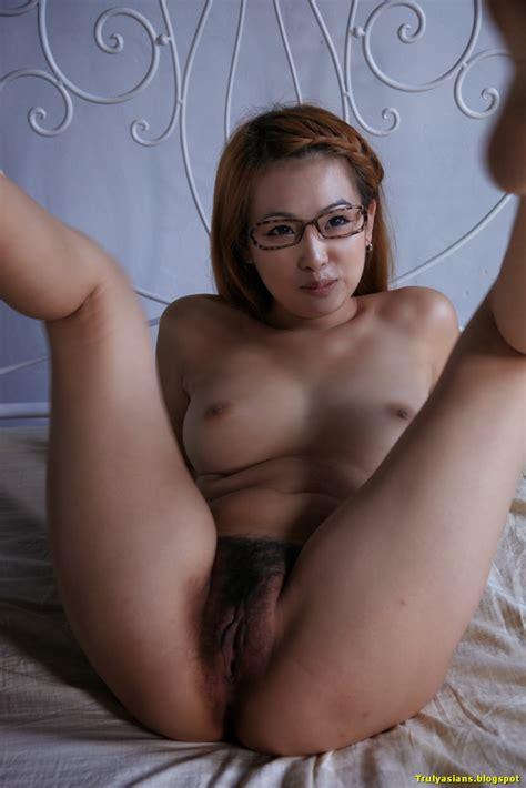 Trulyasiansblogspot Busty Kinky Chinese Girl Youdi Posing And Spreading Beautiful Asian