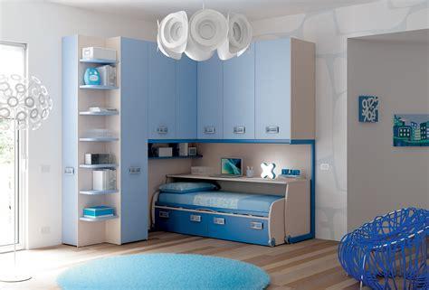 chambre enfant avec lit bureau coulissant