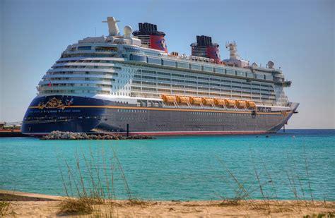 Banana Boat Disney Cruise by Castaway Cay Bahamas Matthew Paulson Photography