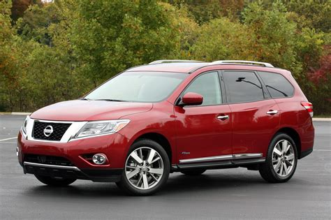 nissan hybrid review of the 2014 nissan pathfinder hybrid sport utility