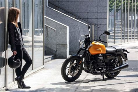 Moto Guzzi V7 Iii Wallpaper by Moto Guzzi Photos Pictures Pics Wallpapers Top Speed