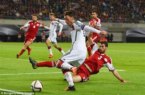 Arsenal star Mesut Ozil picks up Germany national team ...