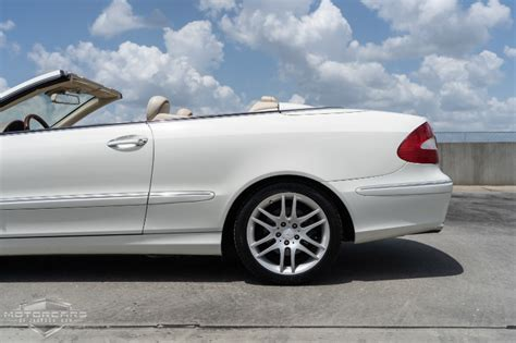 The clk is available as a coupe or convertible, with a v6 or v8 engine. 2009 Mercedes-Benz CLK-Class 3.5L Stock # 9T105266 for ...