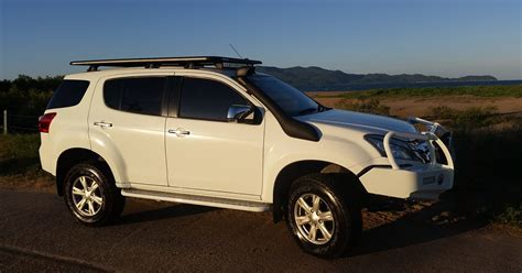 Isuzu Mux Modification 2015 isuzu mu x ls u 4 215 4 review caradvice